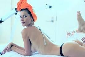 Gisele Bundchen nuda su Vogue